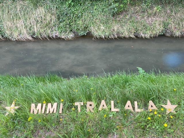BIENVENUE DANS L'UNIVERS DE MIMI TRALALA  ! ...